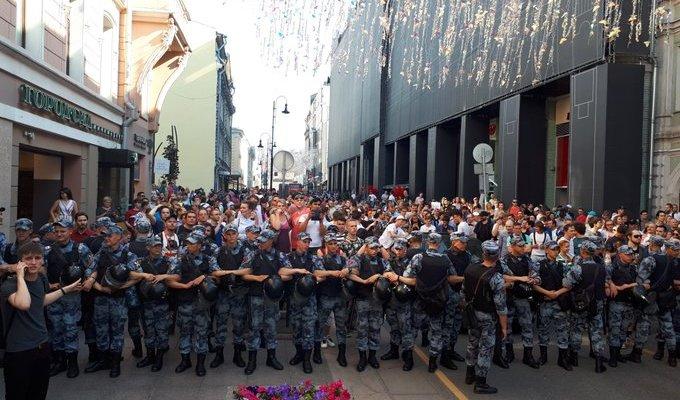 Идут массовые аресты у оппозиционных кандидатов в депутаты Мосгордумы