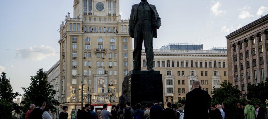 Где почитать свои стихи в Москве